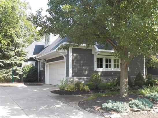 1339 Homestead Creek Dr, Broadview Heights, OH - USA (photo 2)