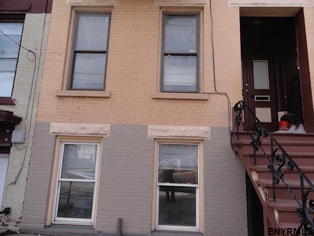 478 Clinton Av, Albany, NY - USA (photo 4)