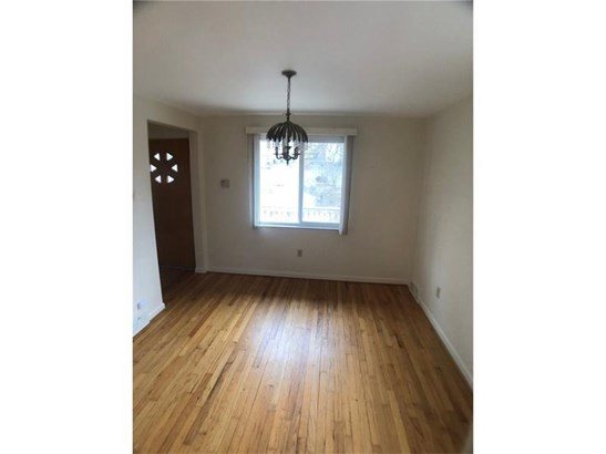 302 Sprucewood St, Mount Oliver, PA - USA (photo 3)