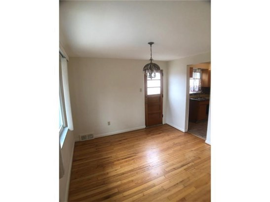 302 Sprucewood St, Mount Oliver, PA - USA (photo 4)