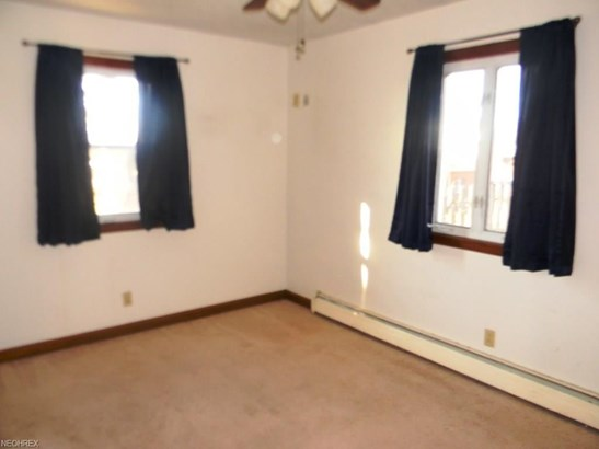 7581 Tabernacle St, Louisville, OH - USA (photo 4)