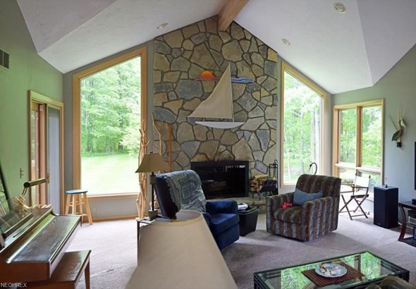 8260 Eagle Ridge Dr, Concord, OH - USA (photo 4)