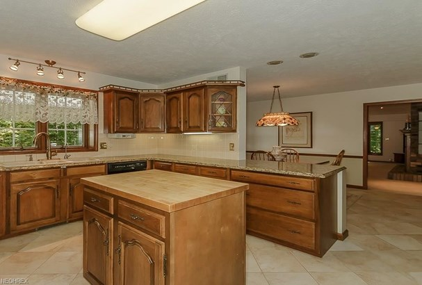 11455 Rust Dr, Chesterland, OH - USA (photo 2)