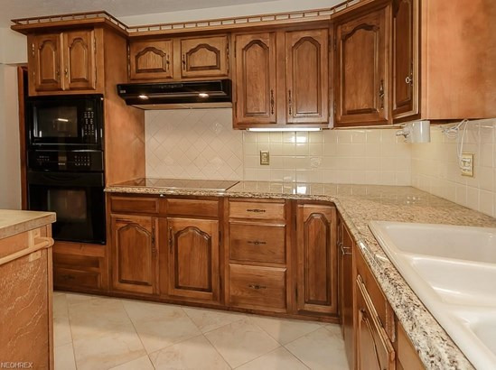 11455 Rust Dr, Chesterland, OH - USA (photo 4)