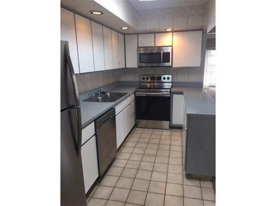 2120 Greentree 311e, Scott Township, PA - USA (photo 2)