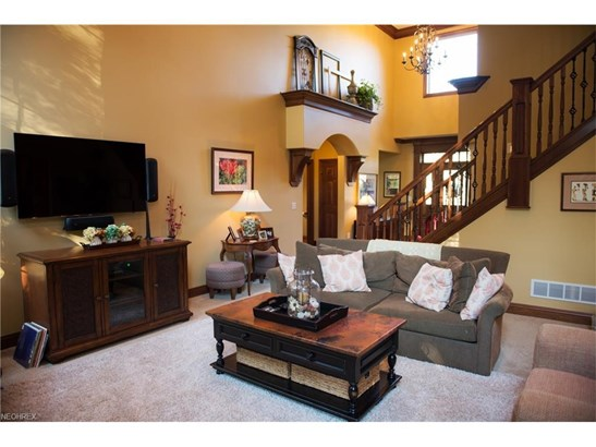 6424 Highland Green Dr, Medina, OH - USA (photo 5)