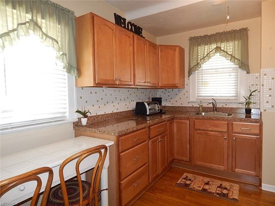 10006 Plymouth Ave, Garfield Heights, OH - USA (photo 5)