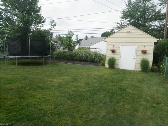 1686 Longwood Dr, Mayfield Heights, OH - USA (photo 2)