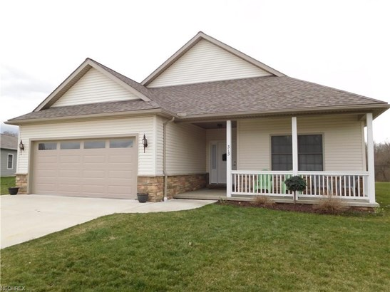 313 Alissa Ln, Canal Fulton, OH - USA (photo 1)