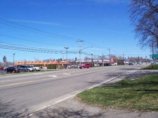 435 East Main Street, Fredonia, NY - USA (photo 2)