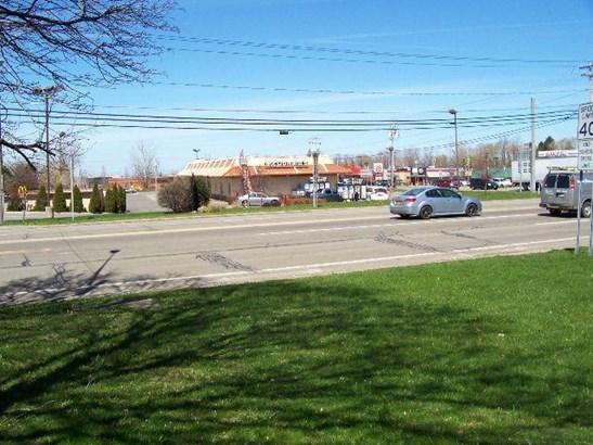 435 East Main Street, Fredonia, NY - USA (photo 5)
