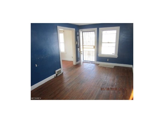 11714 Gay Ave, Cleveland, OH - USA (photo 3)