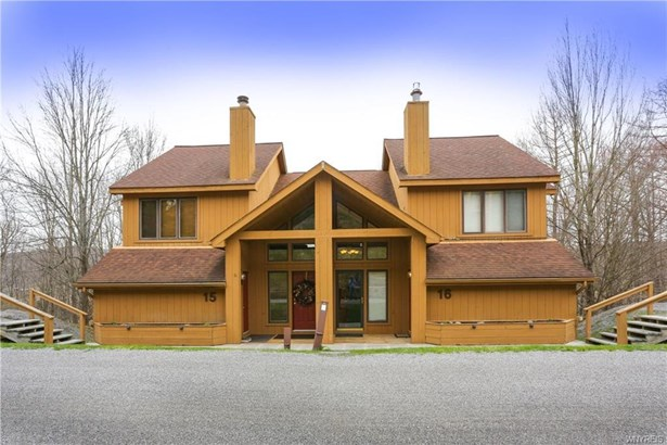 16 Snowpine Village, Great Valley, NY - USA (photo 2)