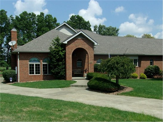 8213 Oak Tree Vista, Hubbard, OH - USA (photo 2)