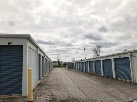1202 High St, Fairport Harbor, OH - USA (photo 3)