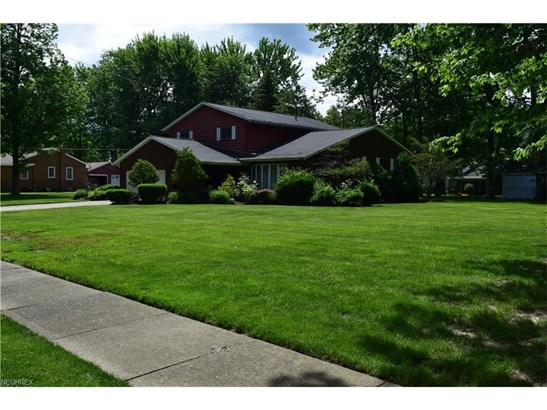 7224 Erie Dr, Mentor, OH - USA (photo 2)