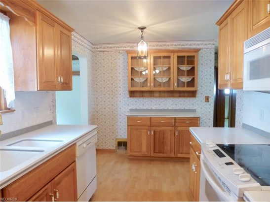 397 E 308th St, Willowick, OH - USA (photo 5)