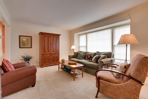 1400 Grantleigh Rd, South Euclid, OH - USA (photo 2)