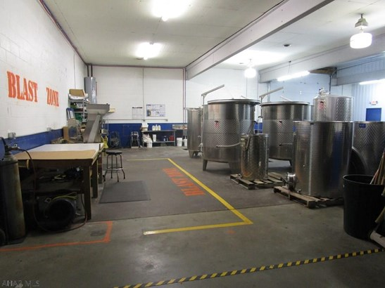 1036 Industrial Avenue, Bedford, PA - USA (photo 5)