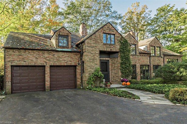 2718 Wadsworth Rd, Shaker Heights, OH - USA (photo 1)