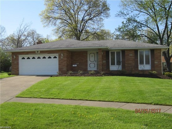 1850 Applewood Dr, Seven Hills, OH - USA (photo 1)