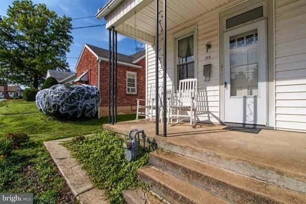 109 W Maple St, Dallastown, PA - USA (photo 5)