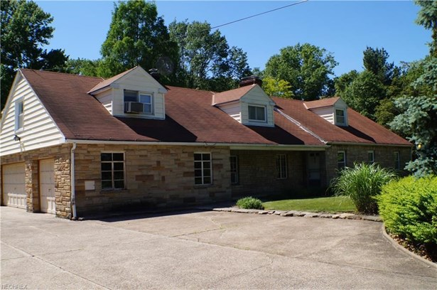 11426 Chillicothe Rd, Chesterland, OH - USA (photo 1)