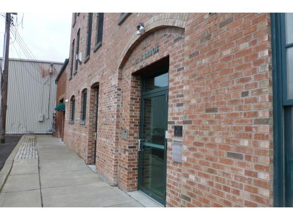 21 N Depot St.  3w, Binghamton, NY - USA (photo 1)