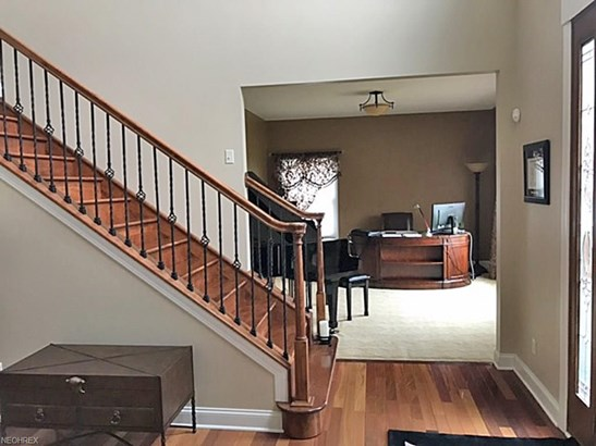 9000 Crooked Creek Ln, Broadview Heights, OH - USA (photo 5)