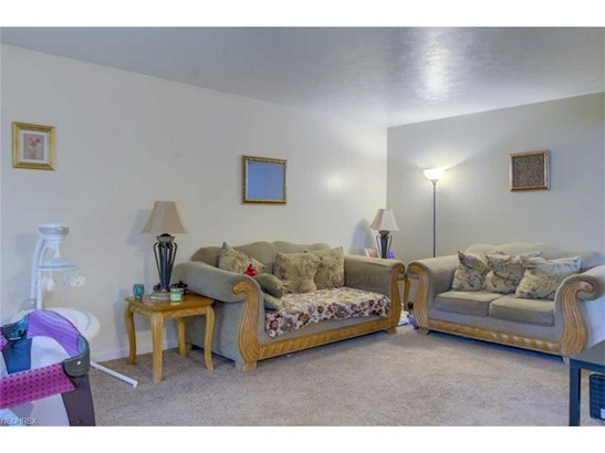 4419 W 57th St, Cleveland, OH - USA (photo 2)