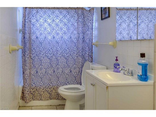 4419 W 57th St, Cleveland, OH - USA (photo 5)