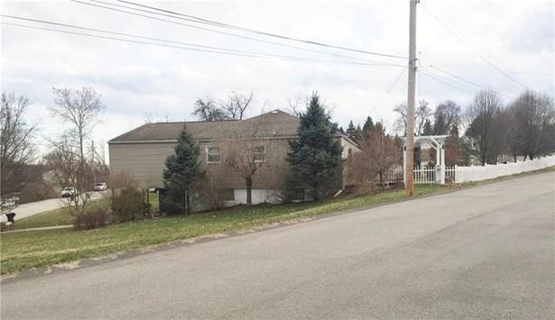 202 East Ave, West Mifflin, PA - USA (photo 3)