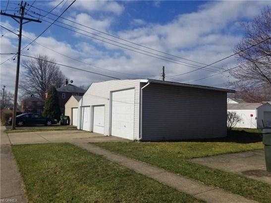 21000 Crystal Ave, Euclid, OH - USA (photo 3)