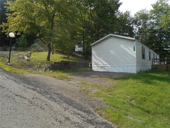 920 Creekside Dr 56, Newcomerstown, OH - USA (photo 2)