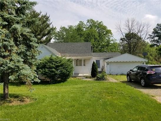 5462 Colorado Ave, Sheffield Village, OH - USA (photo 4)