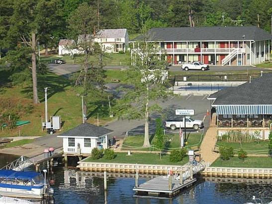 9100 Willcox Neck Rd, Charles City, VA - USA (photo 2)