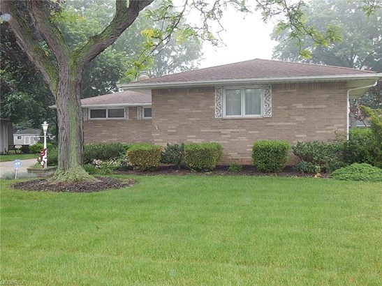 5709 Rangeview Dr, Seven Hills, OH - USA (photo 3)