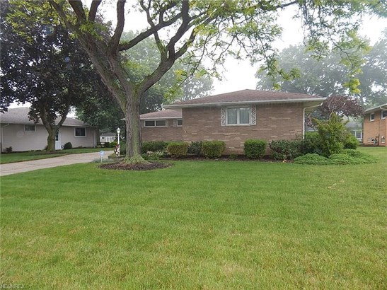 5709 Rangeview Dr, Seven Hills, OH - USA (photo 4)