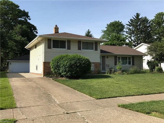 6566 Vallevista Dr, Mayfield Heights, OH - USA (photo 1)
