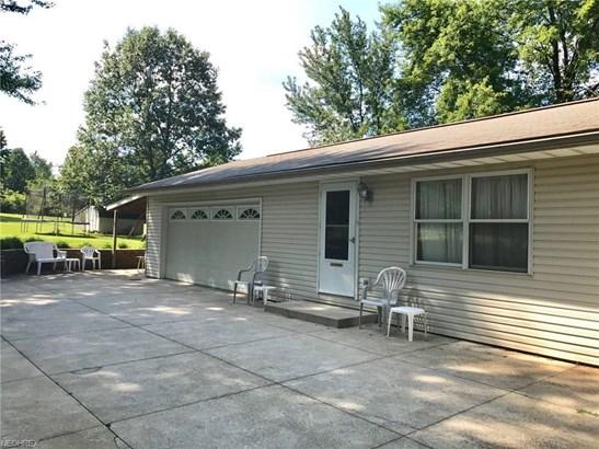 425 Werley N Rd, East Canton, OH - USA (photo 3)