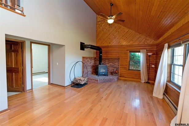 353 Lusso Rd, Fultonville, NY - USA (photo 4)