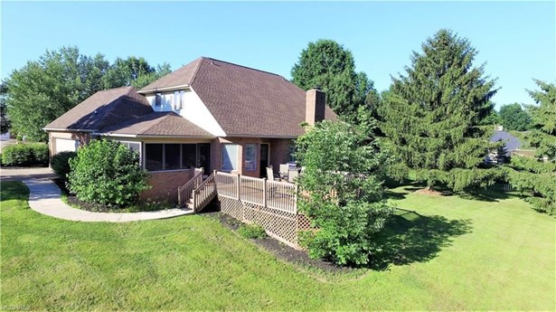 1820 Canterbury Ln, Wooster, OH - USA (photo 2)
