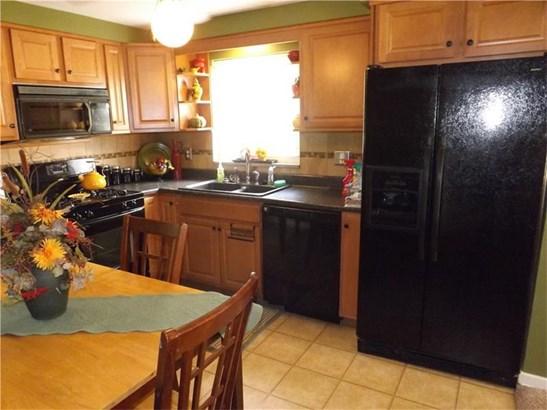 1040 Elkton St, Pgh, PA - USA (photo 4)