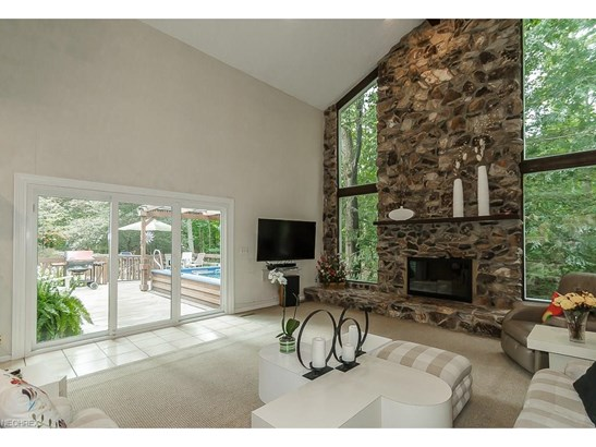 38070 Rogers Rd, Willoughby Hills, OH - USA (photo 4)