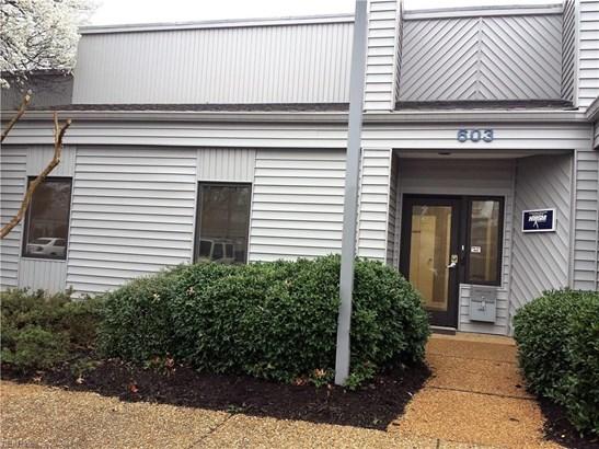 732 Thimble Shoals Blvd 603, Newport News, VA - USA (photo 1)