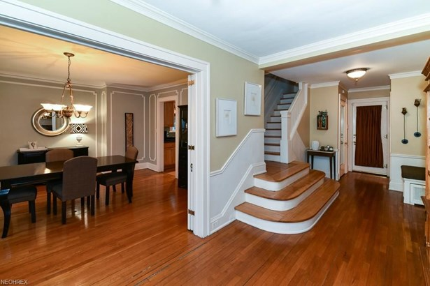 2207 Demington Dr, Cleveland Heights, OH - USA (photo 3)