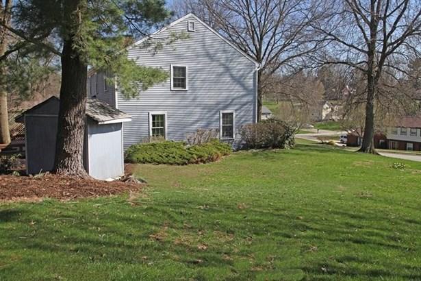 1566 Village Drive, Franklin Park, PA - USA (photo 3)