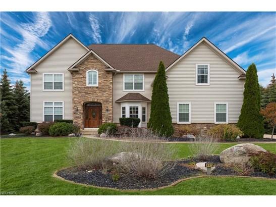 462 Cedarwood Rd, Avon Lake, OH - USA (photo 1)