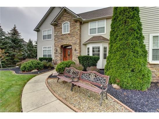 462 Cedarwood Rd, Avon Lake, OH - USA (photo 2)