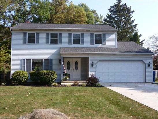 5991 Wild Oak Dr, North Olmsted, OH - USA (photo 2)
